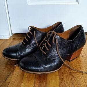 Kork-Ease black heeled oxford